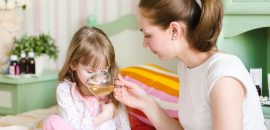 Что делать, если ребенок отравился и появилась рвота: первая помощь